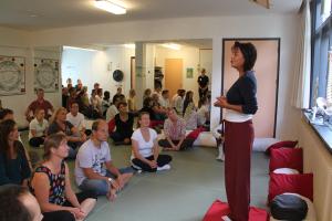 DO-IN docente Anushka Hofman, beroepsopleidiing Nederlandse School voor DO-IN